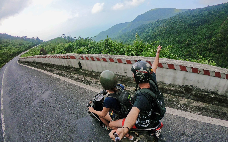 베트남 하이반 도로