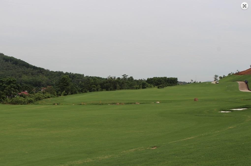 옌즁 골프 클럽