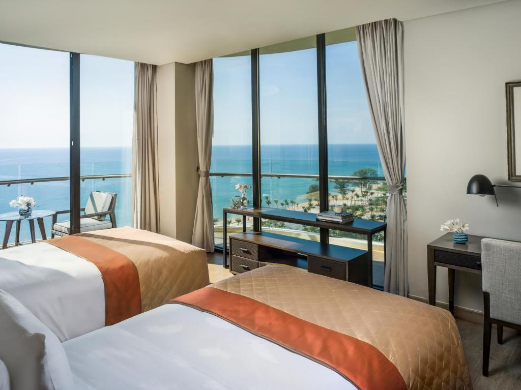 2 Bedroom Grand Ocean View Residence