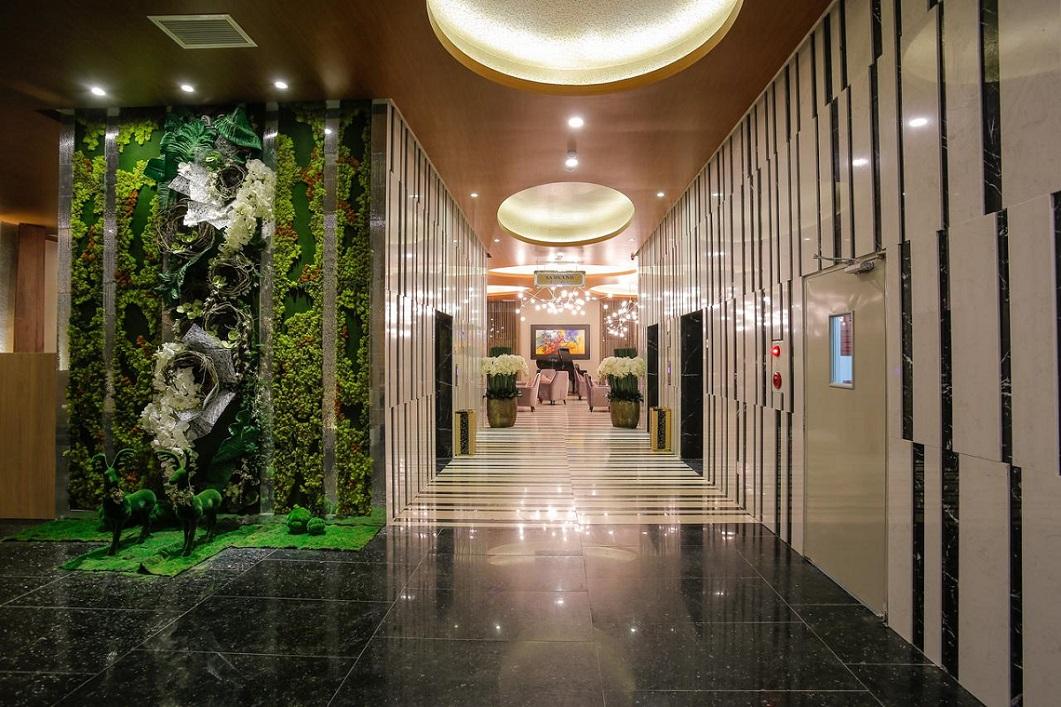 탄손넛 골프텔 (무엉탄 사이공 센터 호텔)